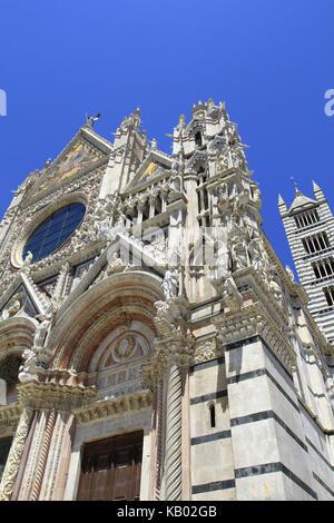 Italy, Tuscany, Siena, Piazza del Duomo, Duomo, Santa Maria Assunta, UNESCO-world cultural heritage, - Stock Photo
