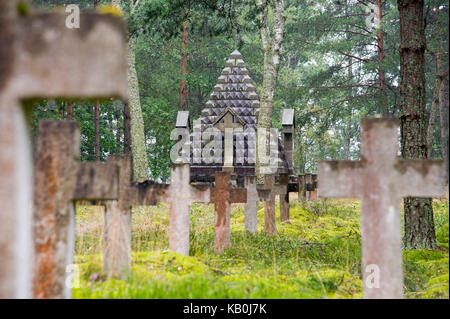 Monument of war to memory of Russian and Romanian prisoners of wars died in German prisoner of war camp during First - Stock Photo