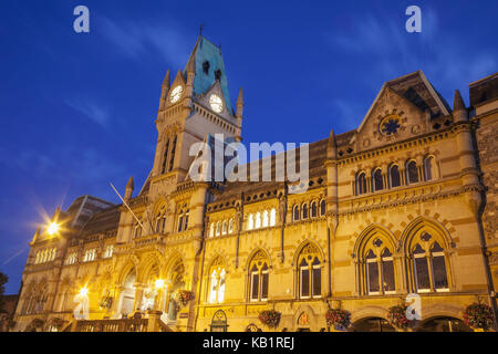 England, Hampshire, Winchester disk, Guildhall, in the evening, - Stock Photo