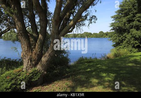 Elfrather lake in Krefeld-Ürdingen, North Rhine-Westphalia, Germany, - Stock Photo