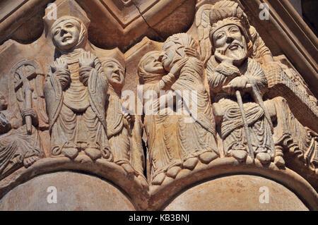 Spain, Kastilien-Leon, Romanesque capital of the Marien's preaching in the minster of San Juan de Ortega, - Stock Photo
