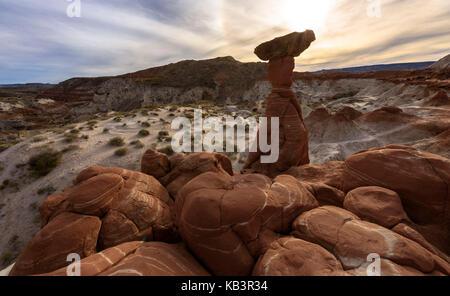 Toadstool Hoodoos, USA, Utah - Stock Photo