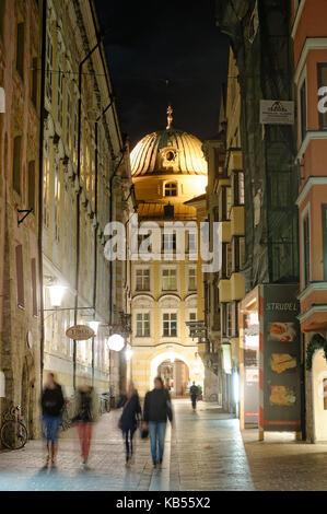 Austria, Tyrol, Innsbruck, Hofgasse street, dome of the Hofkirche church - Stock Photo