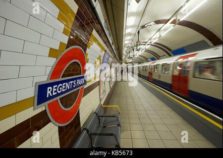 United Kingdom, London, Regent's Park, Underground, Regent's Park station - Stock Photo