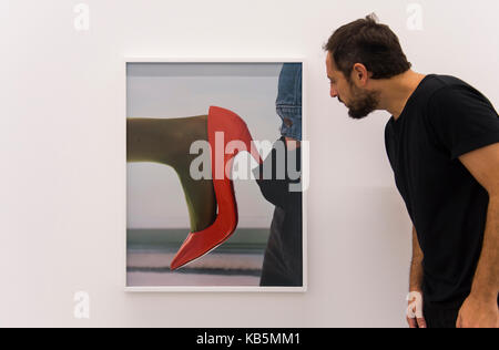 Serpentine Galleries, London, UK. 28th Sep, 2017. Torbjørn Rødland: The Touch That Made You, the first solo UK exhibition - Stock Photo