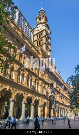 Australia, New South Wales, Sydney, Martin Place, view of the sandstone facade of the General Post Office and the - Stock Photo
