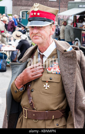 England, Chatham. Elderly re-enactor dressed as Polish Officer with the Russian forces during world war two. Eye - Stock Photo