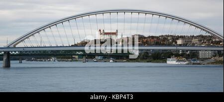 Slovakia, Bratislava, Apollo bridge & castle - Stock Photo