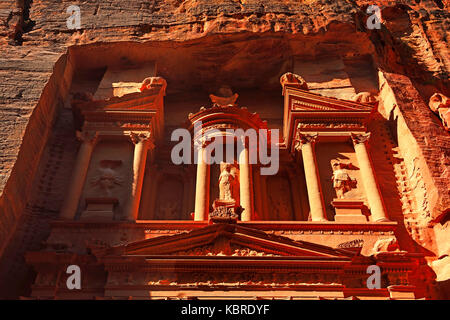 Khazne al Firaun, Al Khazneh treasury building, Petra, Wadi Musa, Jordan - Stock Photo