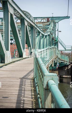 Historic Scherzer rolling lift bascule bridge over the Des Plaines River. - Stock Photo