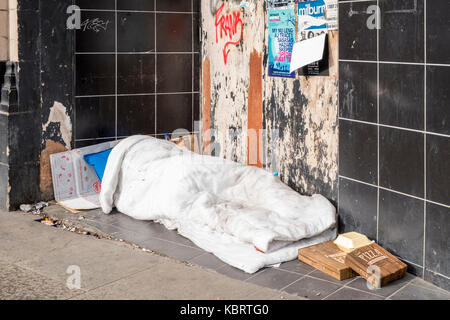 Rough sleeper. Homeless person sleeping rough in Sheffield, Yorkshire, England, UK - Stock Photo