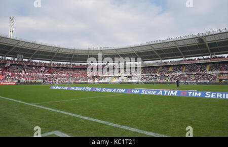 Turin, Italy. 01st Oct, 2017. the Serie A football match between Torino FC and Hellas Verona FC at Stadio Olimpico - Stock Photo