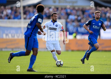 Meppen, Deutschland. 01st Oct, 2017. Burak Camoglu (KSC). GES/ Fussball/ 3. Liga: SV Meppen - Karlsruher SC, 01.10.2017 - Stock Photo