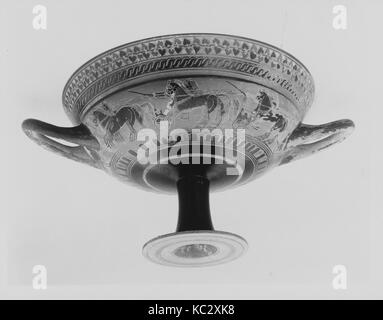 Terracotta kylix: hybrid Siana lip-cup (drinking cup), ca. 560 B.C - Stock Photo