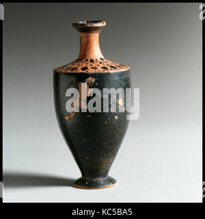 Terracotta lekythos (oil flask), 2nd half of the 6th century B.C - Stock Photo