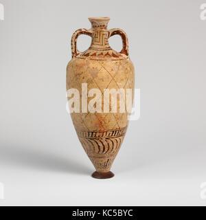 Terracotta amphoriskos (oil flask), ca. 540–500 B.C - Stock Photo