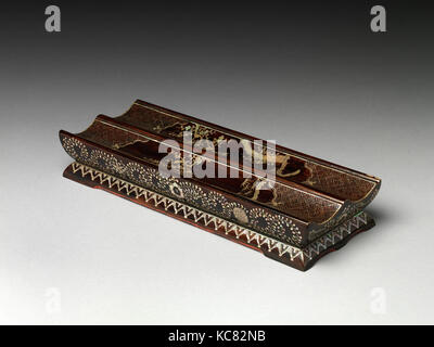 Scroll tray, Ming dynasty (1368–1644), Wanli period (1573–1620), 1573–1620, China, Black lacquer with inlay, W. - Stock Photo