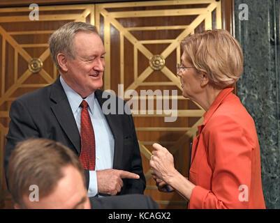 Washington, USA. 03rd Oct, 2017. United States Senator Mike Crapo, Chairman, US Senate Committee on Banking, Housing, - Stock Photo