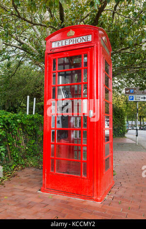 Old K6 BT red telephone box in Arundel, West Sussex, England, UK. - Stock Photo
