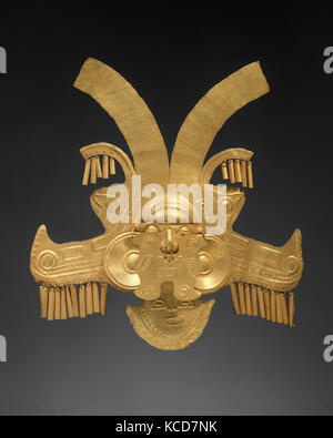 Headdress Ornament, 1st–7th century, Colombia, Calima (Yotoco), Gold, H. 10 x W. 9 3/8 in. (25.4 x 23.8 cm), Metal - Stock Photo