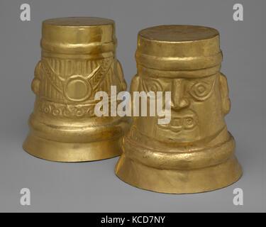 Inverse-Face Beakers, 10th–11th century, Peru, La Leche River, Lambayeque (Sicán), Gold, H. 7 7/8 x Diam. 7 1/8 - Stock Photo
