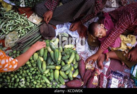28.02.2008, Yangon, Yangon Region, Republic of the Union of Myanmar, Asia - Vegetable market in Yangon. - Stock Photo