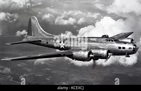 Photograph of a Boeing B-17 Flying Fortress used by the United States Air Force during the Second World War. Dated - Stock Photo