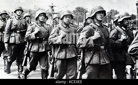 World War Two: German soldiers occupy Paris, during the invasion of France 1940. Dated 20th Century - Stock Photo