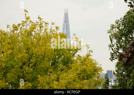 London, UK. 4th October, 2017. View from Primrose Hill, London UK. Credit: Sebastian Remme/Alamy Live News - Stock Photo