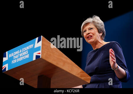 Manchester. 4th Oct, 2017. Britain's Prime Minister Theresa May delivers her keynote speech on the last day of the - Stock Photo