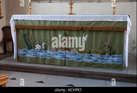 The altar, St. Wilfrid`s Church, North Muskham, Nottinghamshire, England, UK - Stock Photo