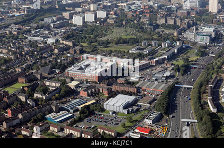 an aerial view looking west along the M8 towards Glasgow with City Park Building prominent on the left, Glasgow, - Stock Photo