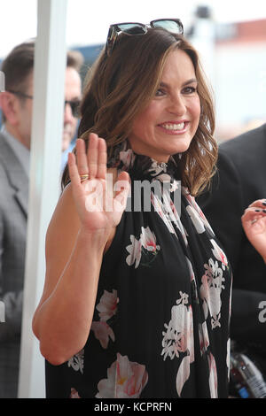 Hollywood, USA. 6th Oct, 2017. Mariska Hargitay pictured as Debra Messing is honoured with star on the Walk Of Fameon - Stock Photo
