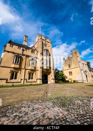 St Swithun's Tower, St Johns Quad, Magdalen College, University of Oxford, Oxford, Oxfordshire, England - Stock Photo