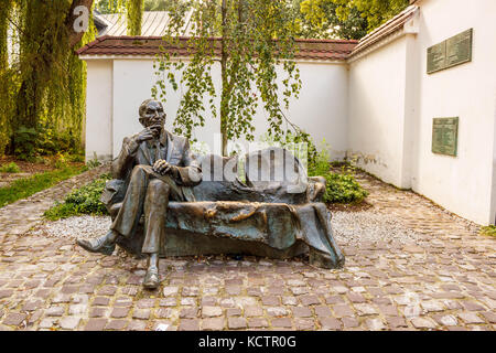 Krakow, Poland - September 7, 2016: Jan Karski bench in Kazimierz. Sculptor Karol Badyna. Jan Karski, 'the man who - Stock Photo