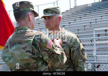U.S. Army Lt. Col. James Fowler, outgoing commander of the S.C. Army National Guard's 122nd Engineer Battalion, - Stock Photo
