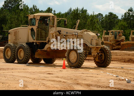 South Carolina National Guard Soldiers from the 124th Engineer Company, 172nd Engineer Platoon and the 1782nd Engineer - Stock Photo