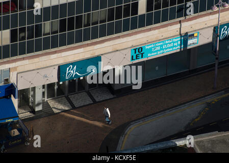 BHS Blackpool, Church Street. Credit LEE RAMSDEN / ALAMY - Stock Photo