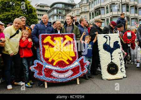 London,UK. 7 October 2017. West Ham United and Spurs supporters ahead of the Football Lads Alliance march against - Stock Photo