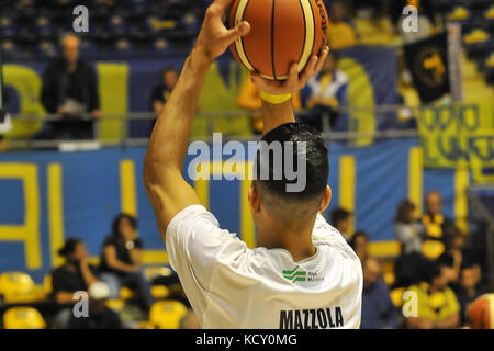 Turin, Italy. 7th October, 2017. during the CAMPIONATO BASKET SERIE A 2017/18 basketball match between FIAT AUXILIUM - Stock Photo