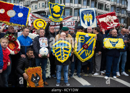 London, UK. 7th October, 2017. Thousands of supporters of the Football Lads Alliance (FLA) and Veterans Against - Stock Photo