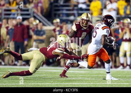 quality design a717b b0136 Boston College defensive back Lukas Denis (21) intercepts a ...