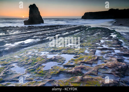 Low Tide at Davenport Crack. - Stock Photo