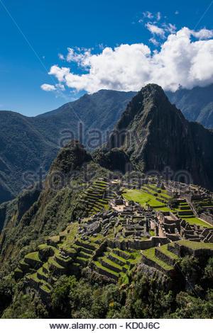 Elevated view of inca ruins, Machu Picchu, Cusco, Peru, South America - Stock Photo