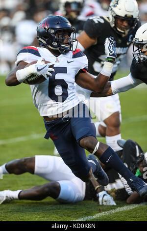 October 7, 2017: Arizona wide receiver Shun Brown evades a Colorado defender in the first half. The Wildcats won, - Stock Photo