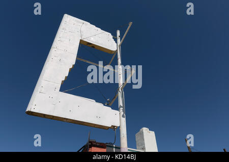 Albuquerque, New Mexico: Blank neon sign along Central Avenue. Built in 1947 next to the historic Tewa Motor Lodge, - Stock Photo