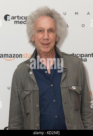 New York, United States. 09th Oct, 2017. New York, NY - October 9, 2017: Bob Gruen attends Human Flow special screening - Stock Photo