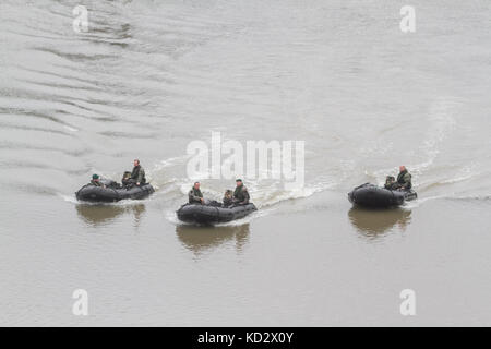 London UK. 10th October 2017. A group of British Army Green beret commando Marine soldiers on a training exercise - Stock Photo