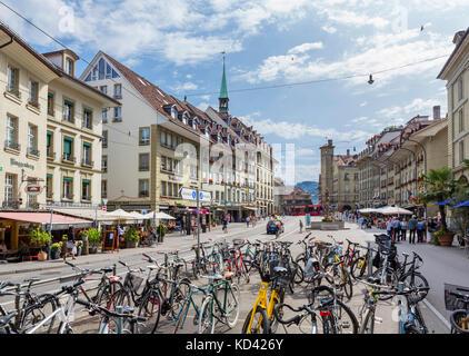 Kornhausplatz in the city centre, Bern (Berne), Switzerland - Stock Photo
