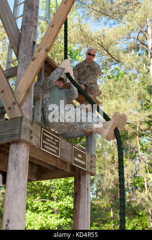 A South Carolina Army National Guard Soldier assigned to 4th Battalion, 118th Infantry Regiment, 218th Maneuver - Stock Photo